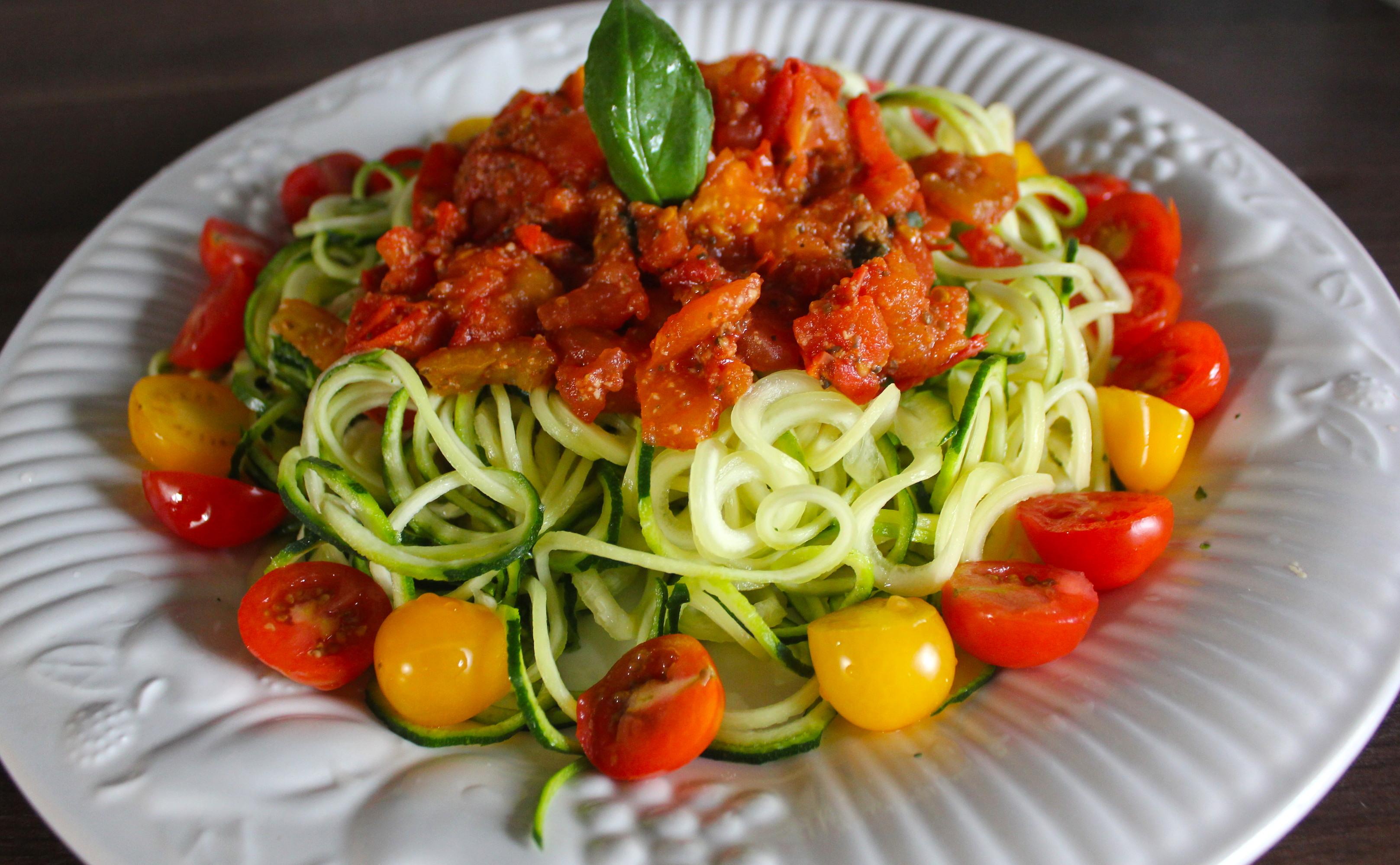 Recipe raw zucchini pasta healthworks malaysia recipe raw zucchini pasta forumfinder Image collections