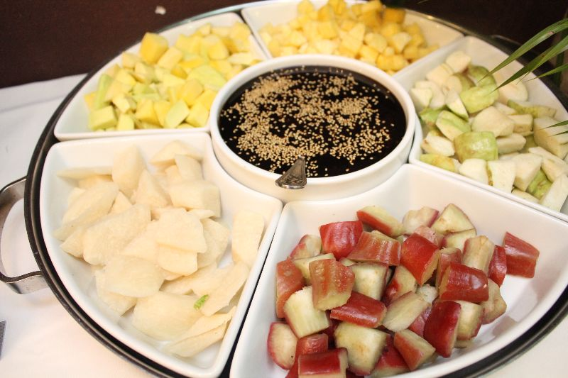 Healthier take on the fruit rojak | Source: choiyen.com