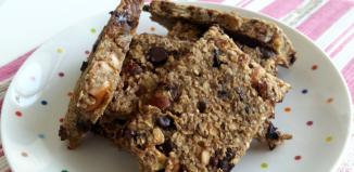 Recipe: 4-Ingredient Banana Oat Energy Bars (Zero Added Sugar + Super ...