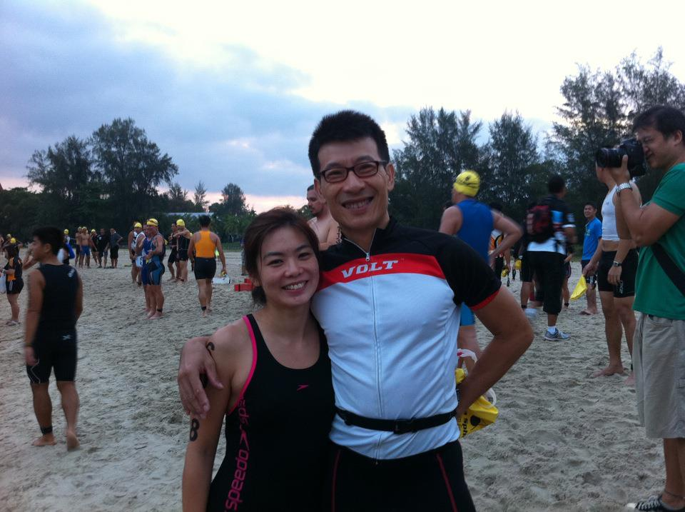 Mi Mi & her husband during the Port Dickson International Triathlon 2012