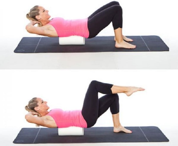 foam roller marching crunch