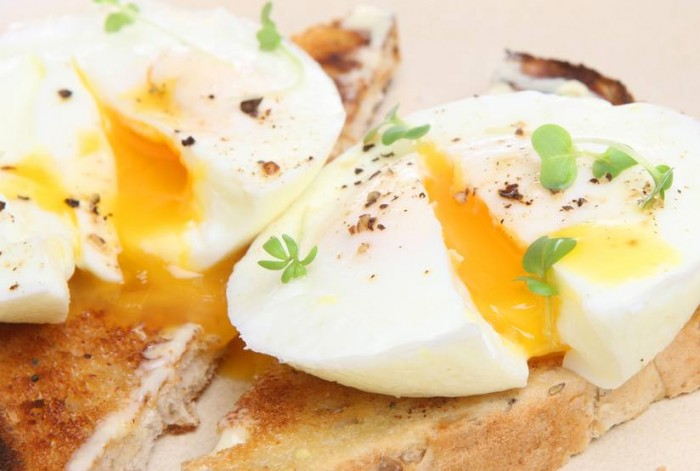eggs on toast snack